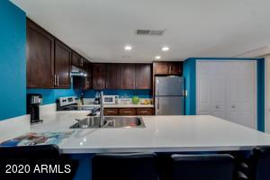 4730 W NORTHERN Avenue, 2144, Glendale, AZ 85301