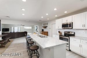 6918 E AVALON Drive, Scottsdale, AZ 85251
