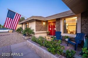 703 W CHILTON Street, Chandler, AZ 85225