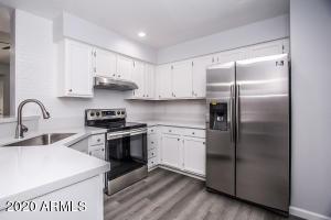 9415 N 59TH Avenue, 225, Glendale, AZ 85302