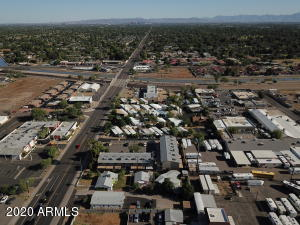 9238 N 7TH Avenue, Phoenix, AZ 85021