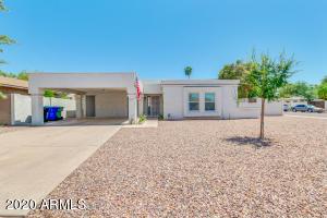 37 W HUNTER Circle, Mesa, AZ 85201