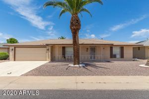 10742 W SARATOGA Circle, Sun City, AZ 85351