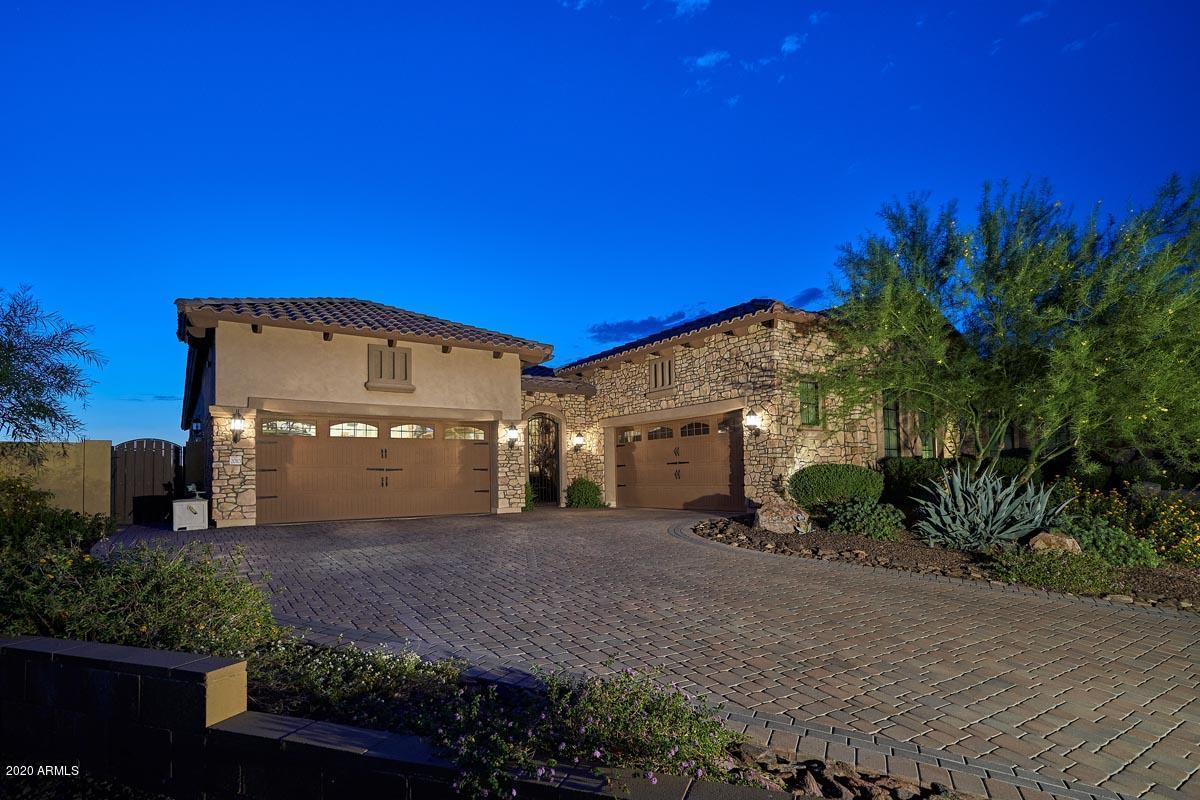 Photo of 2010 N STEELE Circle, Mesa, AZ 85207