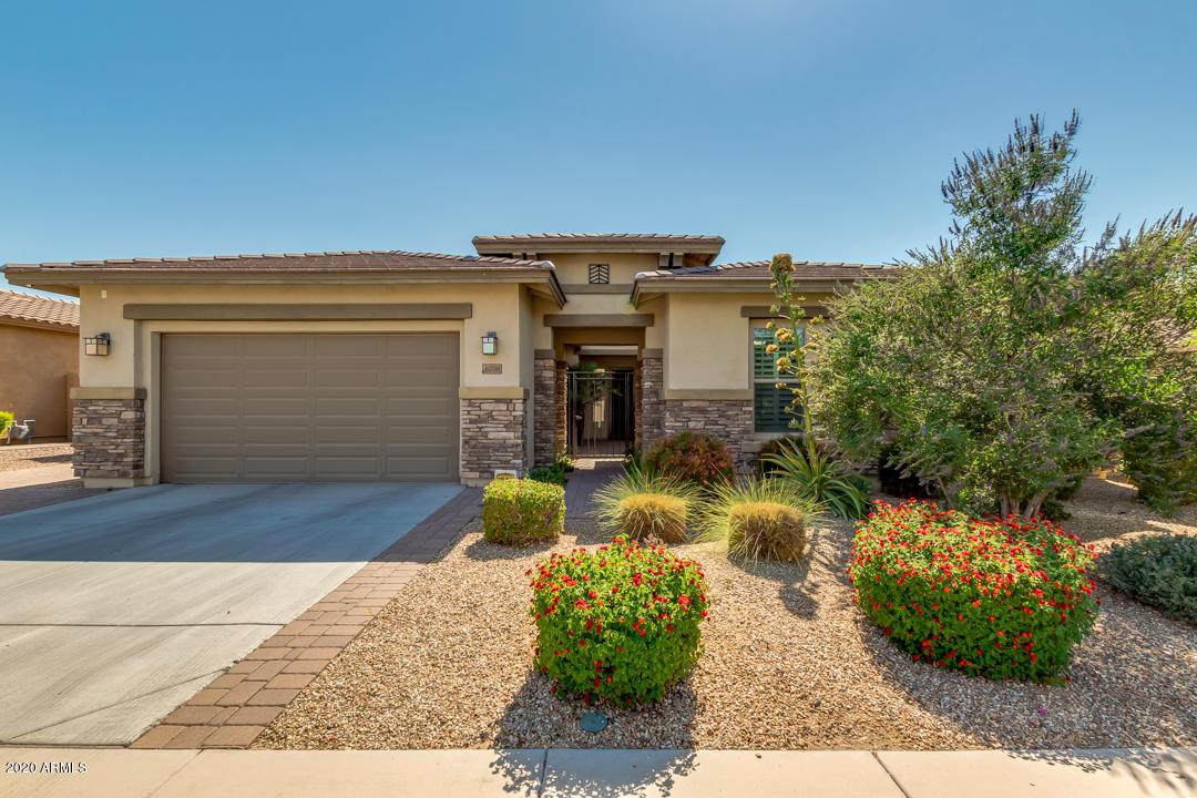 Photo of 6708 S LYON Drive, Gilbert, AZ 85298