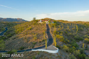 8217 E GOLDEN SPUR Lane, Carefree, AZ 85377