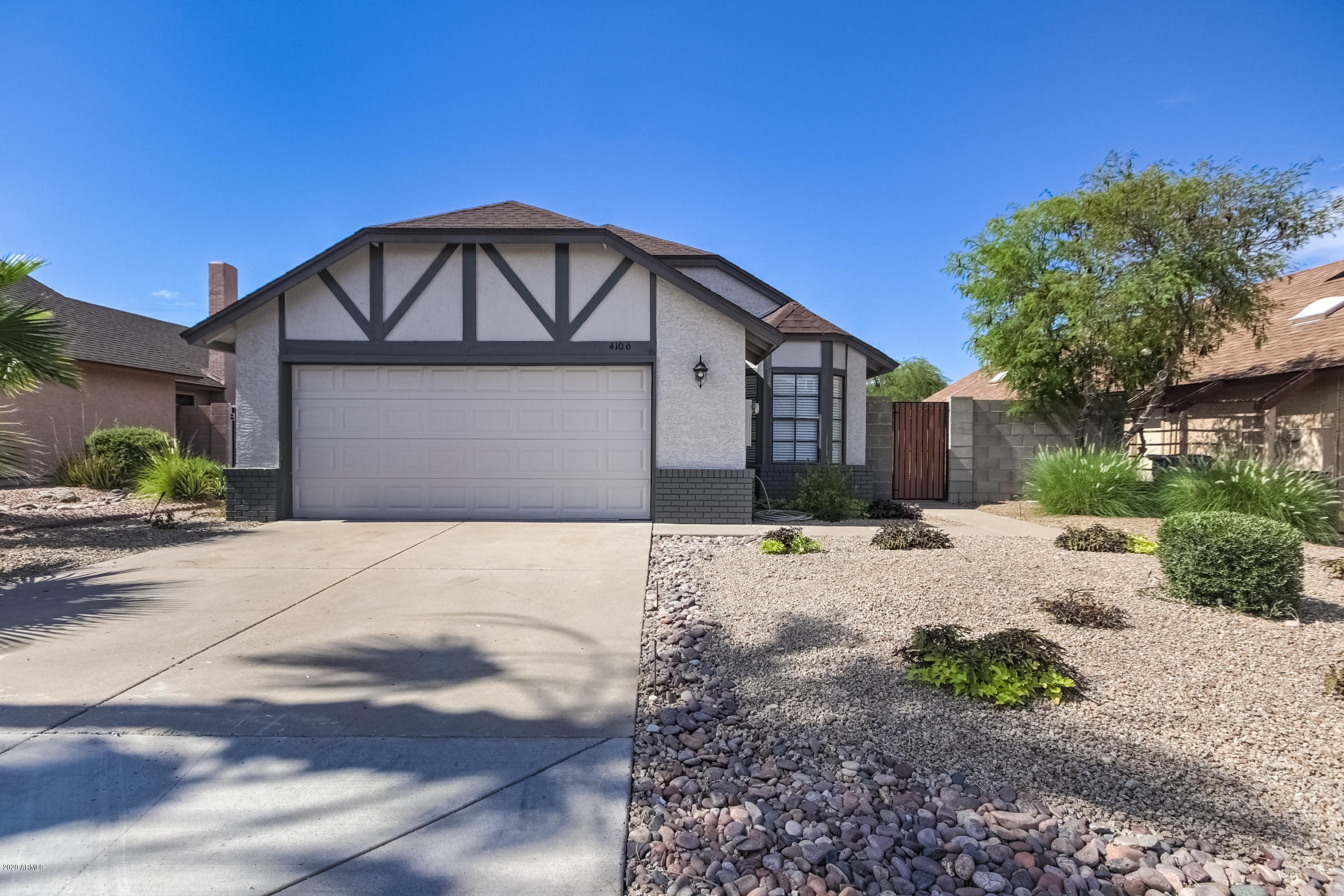 Photo of 4106 E ALTA MESA Avenue, Phoenix, AZ 85044