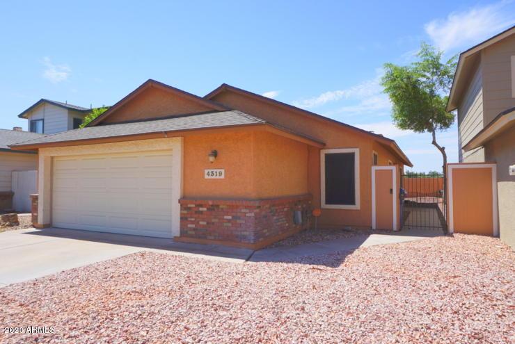 Photo of 4319 E CONTESSA Street, Mesa, AZ 85205