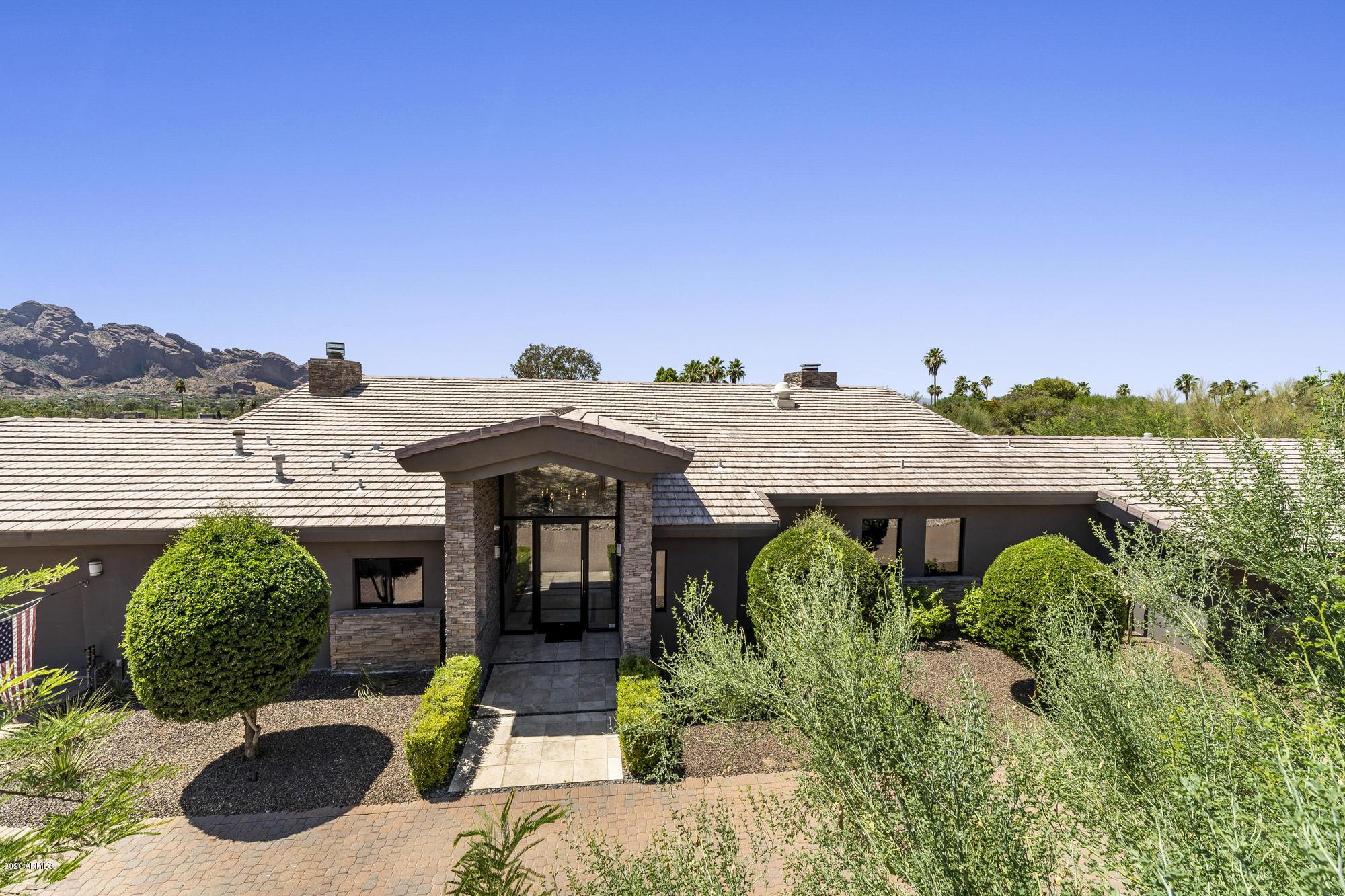 Photo of 4315 E HIGHLANDS Drive, Paradise Valley, AZ 85253