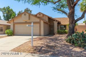 6876 E Kings Avenue, Scottsdale, AZ 85254
