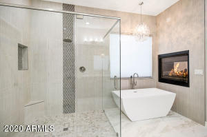Peaceful and Relaxing SPA experience Master Bath Retreat