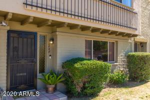 2848 E CLARENDON Avenue, Phoenix, AZ 85016