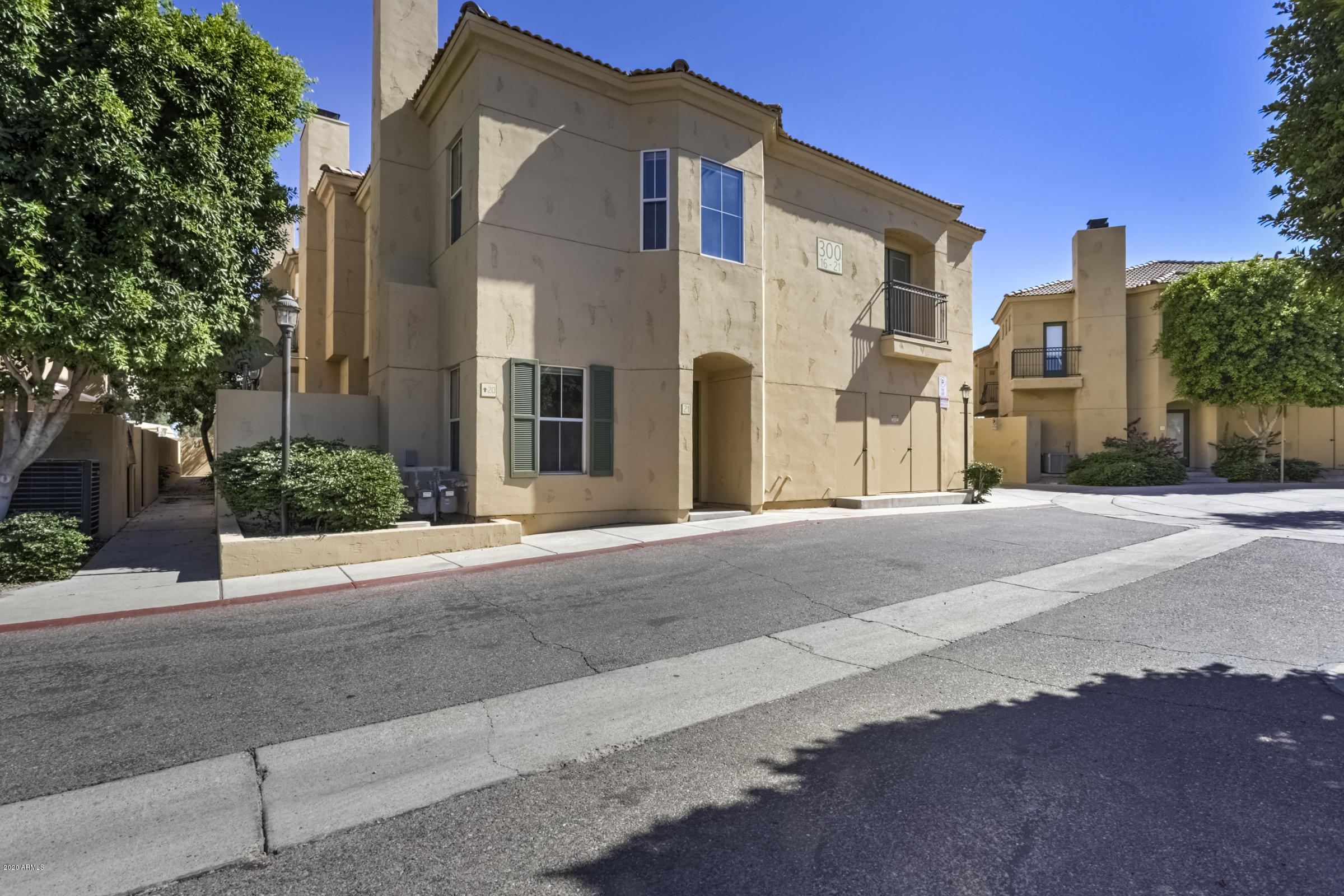 Photo of 5015 E CHEYENNE Drive #21, Phoenix, AZ 85044