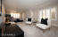Large master suite w/sitting room