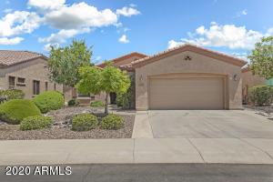 4074 E RAKESTRAW Lane, Gilbert, AZ 85298