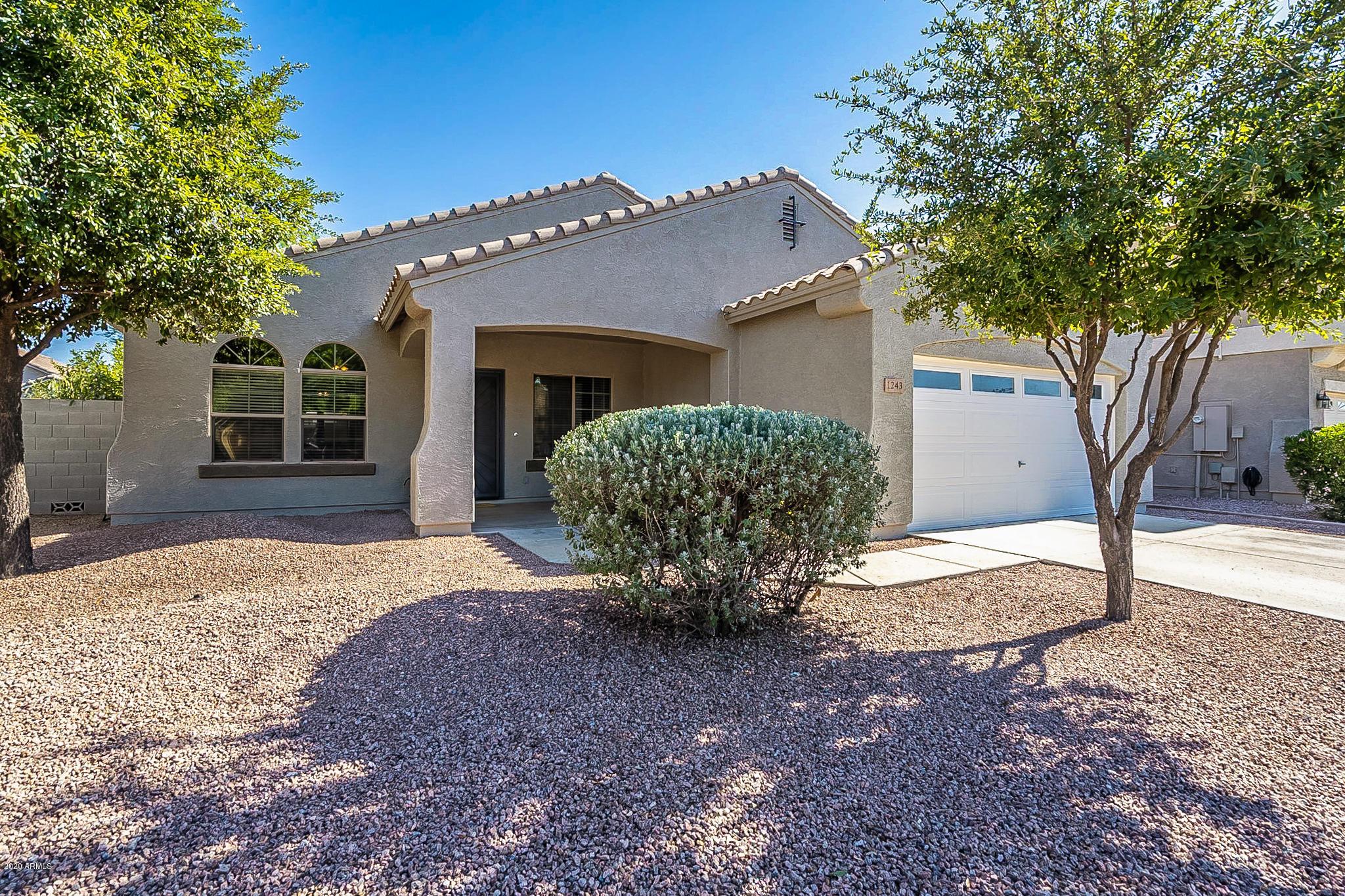 Photo of 1243 E Bluebird Drive, Gilbert, AZ 85297