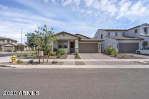 3838 E LOMA VISTA Street, Gilbert, AZ 85295