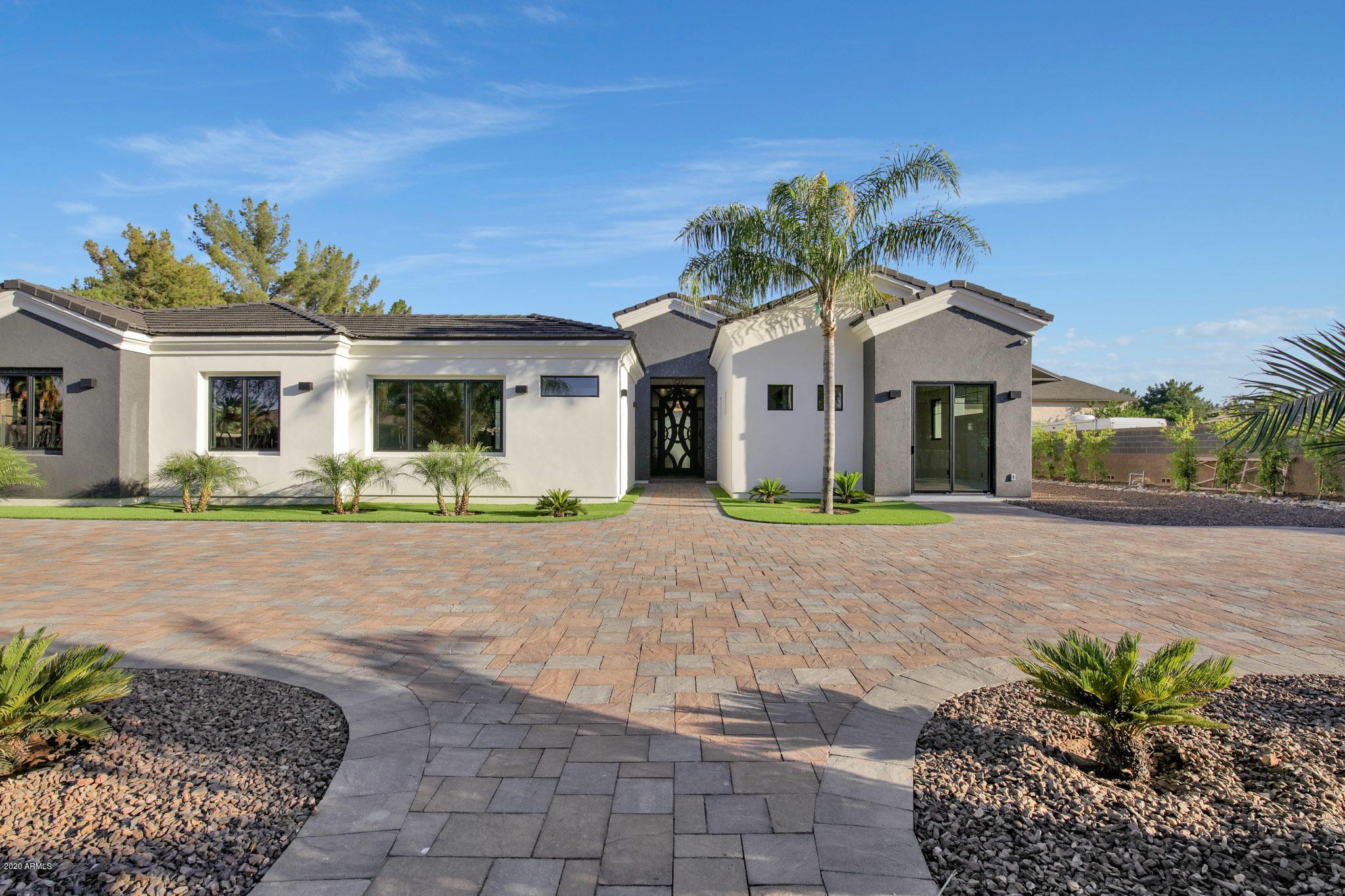 Photo of 11019 E CLOUD Road, Chandler, AZ 85248