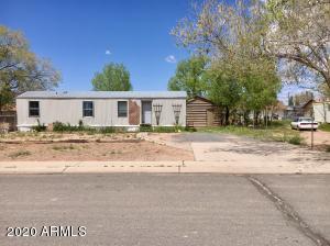 311 Desert View Drive, Holbrook, AZ 86025