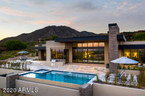 Captivating new single-level custom contemporary home