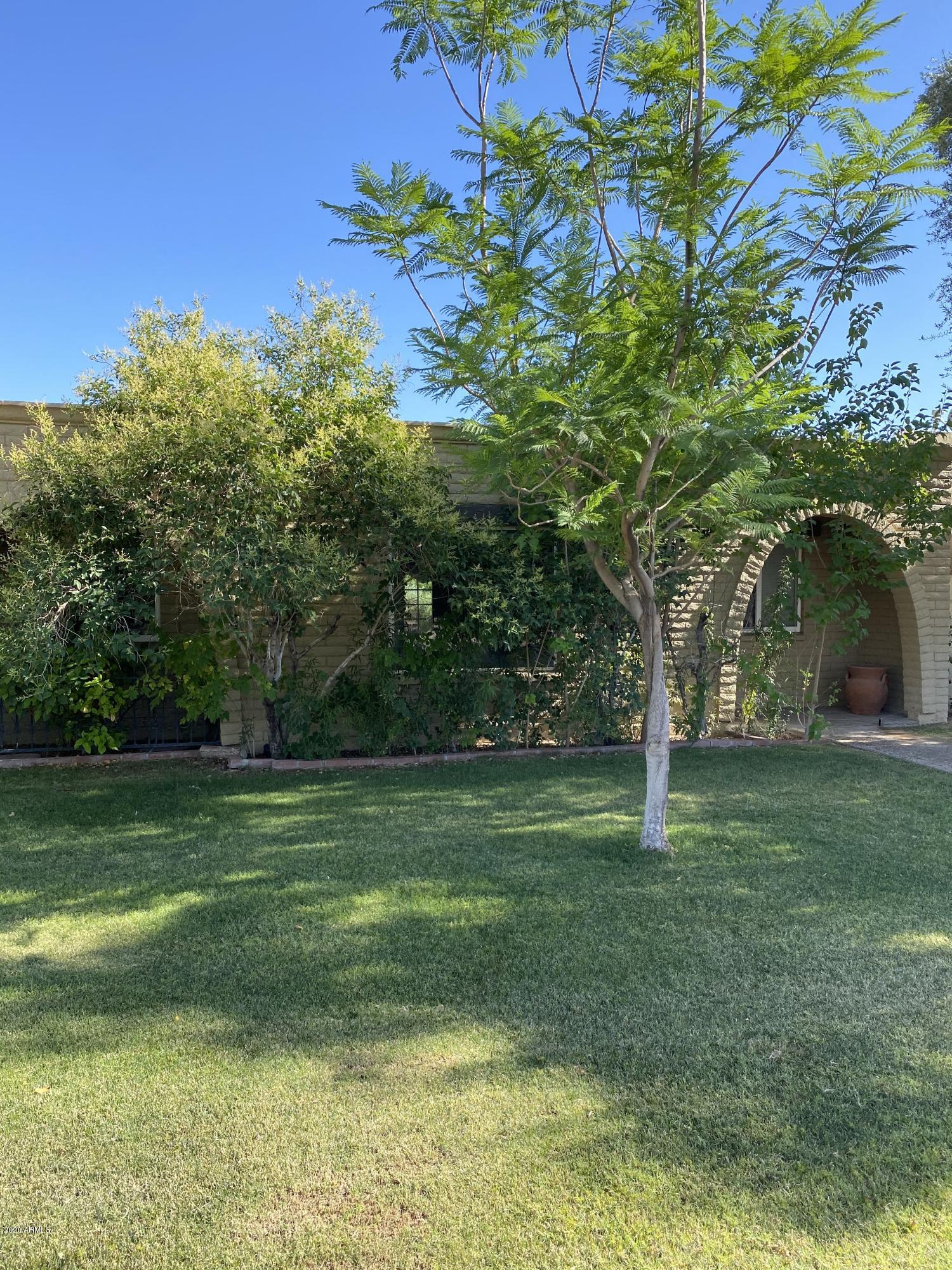 Photo of 8315 E ROSE Lane, Scottsdale, AZ 85250