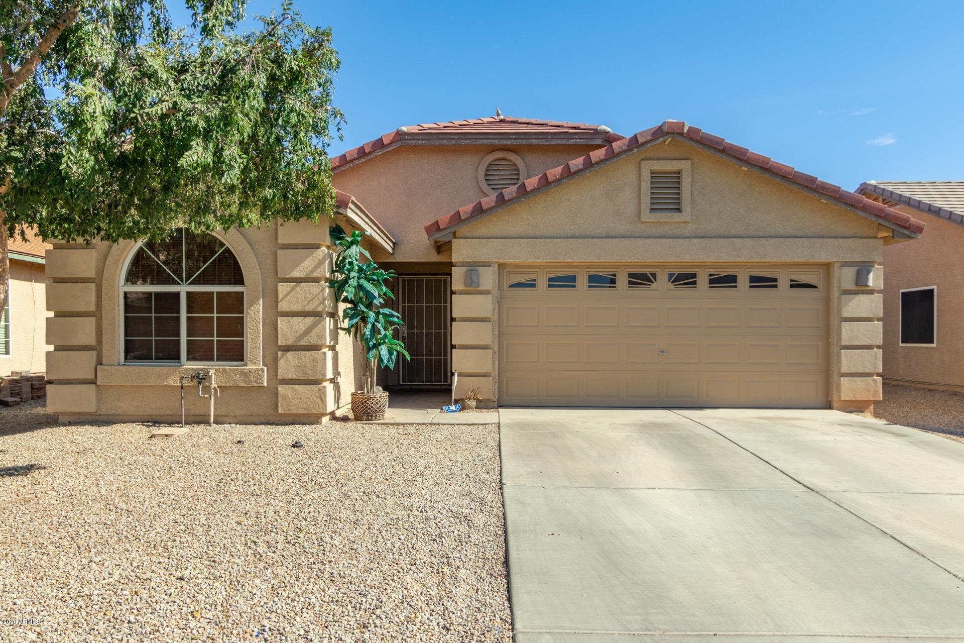 Photo of 2911 W GRENADINE Road, Phoenix, AZ 85041