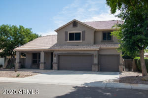 6971 S Bell Pl, move in ready!