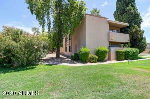 Exclusive, 18-Unit, Sante Fe Style Condomimuns on Central & Camelback