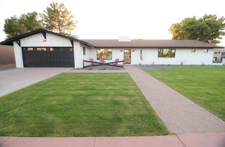 Photo of 1154 N VILLA NUEVA Drive, Litchfield Park, AZ 85340