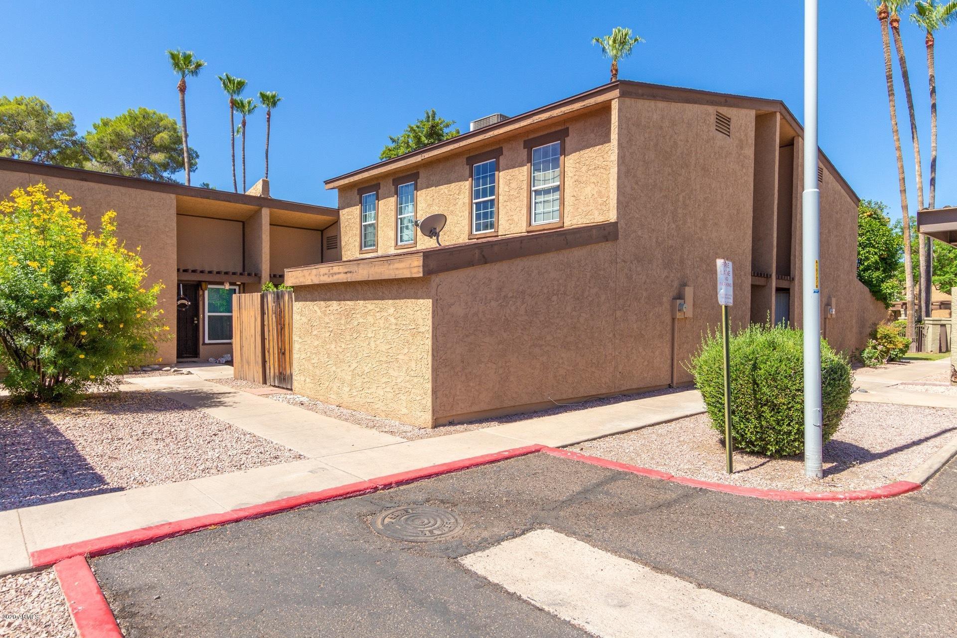 Photo of 1051 S DOBSON Road #83, Mesa, AZ 85202