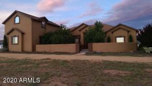 10380 E DAWN TO MILKY Way, Prescott Valley, AZ 86315