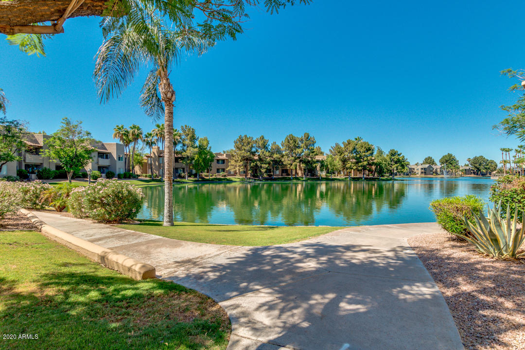 Photo of 1825 W RAY Road #2107, Chandler, AZ 85224