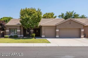 5029 E MICHELLE Drive, Scottsdale, AZ 85254