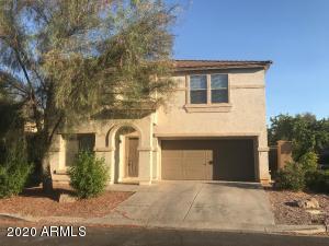 2733 S SOUTHWIND Drive, Gilbert, AZ 85295