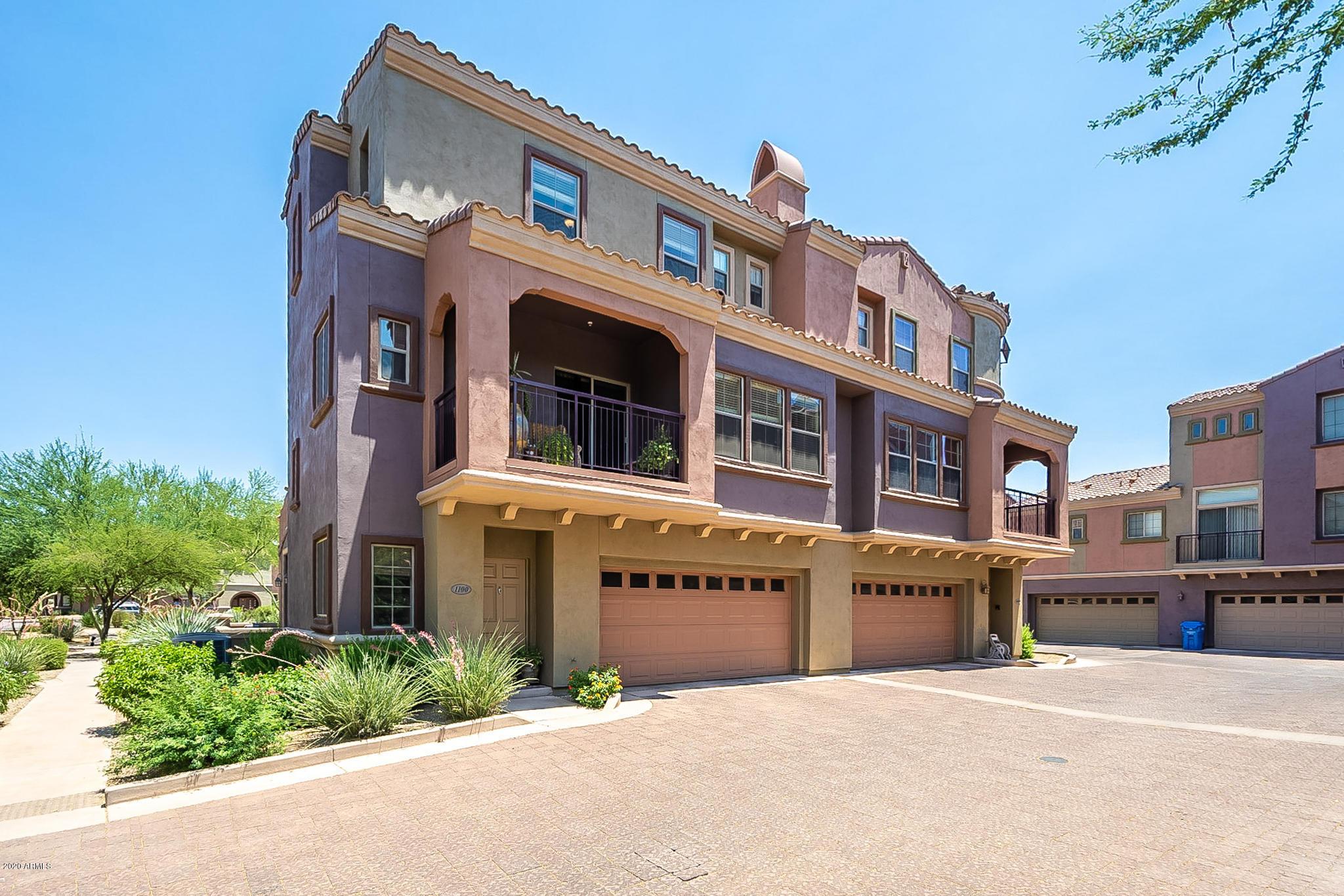 Photo of 3935 E ROUGH RIDER Road #1100, Phoenix, AZ 85050