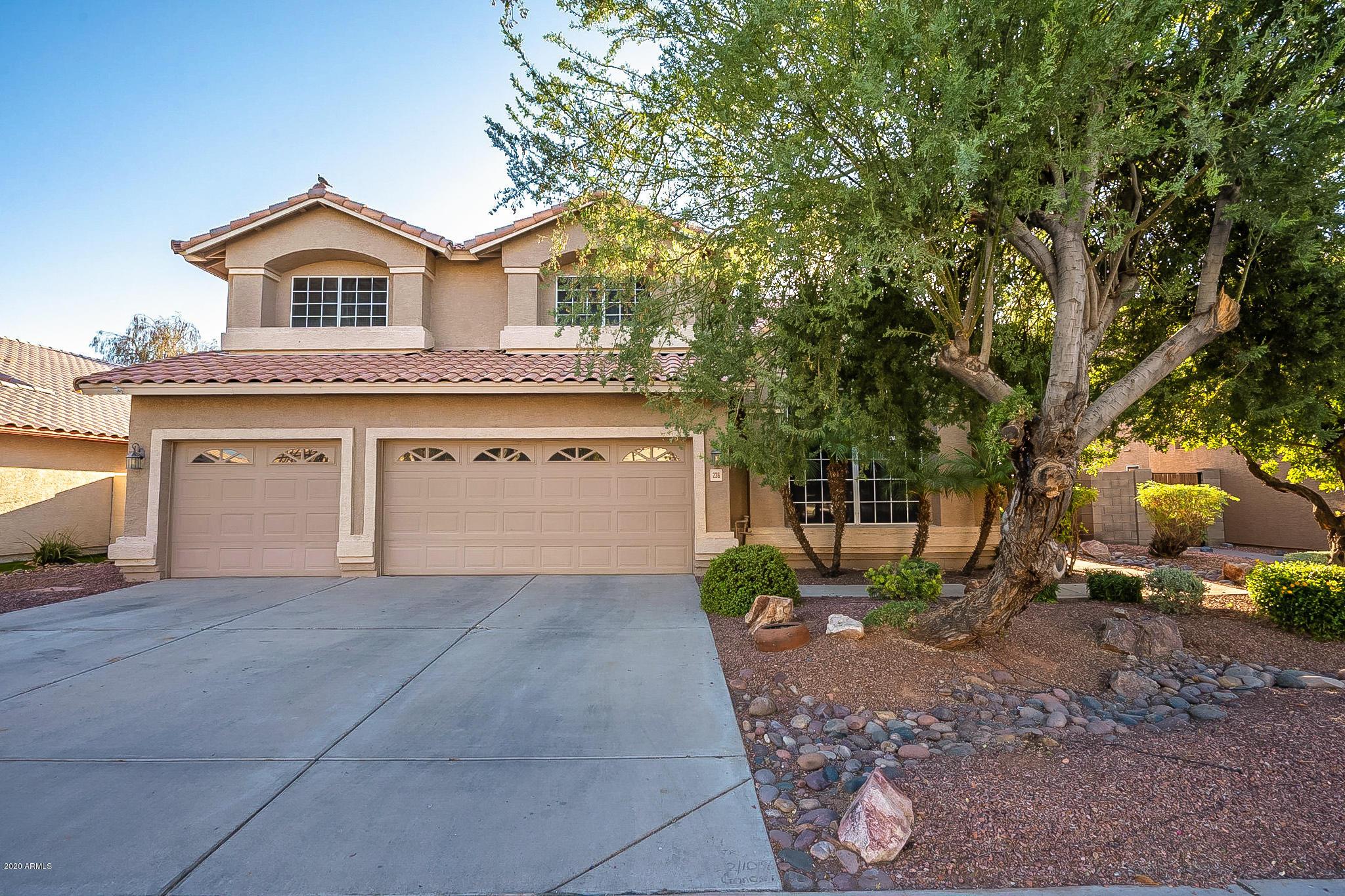 Photo of 236 S SANDSTONE Street, Gilbert, AZ 85296