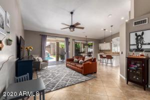 9345 E VOLTAIRE Avenue, Scottsdale, AZ 85260