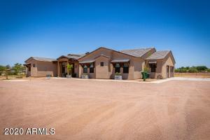 42657 N SUBURBAN Avenue, San Tan Valley, AZ 85140