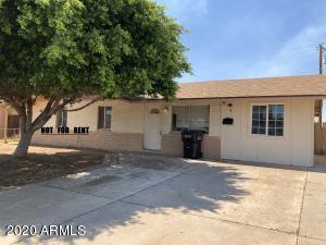 8114 W AVALON Drive, Phoenix, AZ 85033