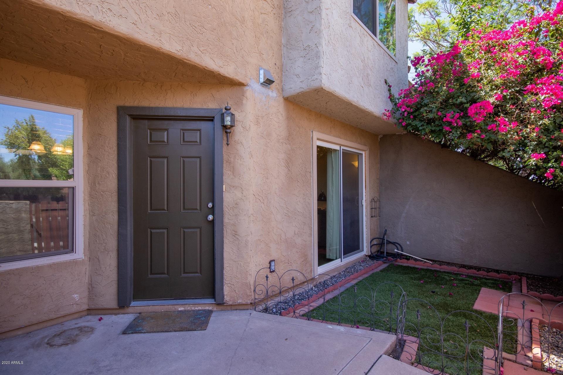 Photo of 2040 S LONGMORE Road #8, Mesa, AZ 85202