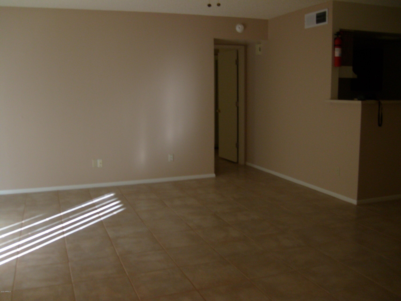 Photo of 4608 W MARYLAND Avenue #234, Glendale, AZ 85301