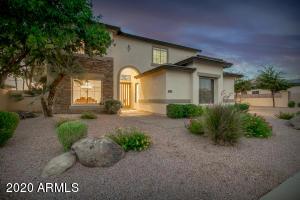 4138 E CLUBVIEW Drive, Gilbert, AZ 85298