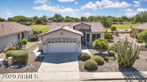 Single level 1407sqft 3bd/2ba golf course lot