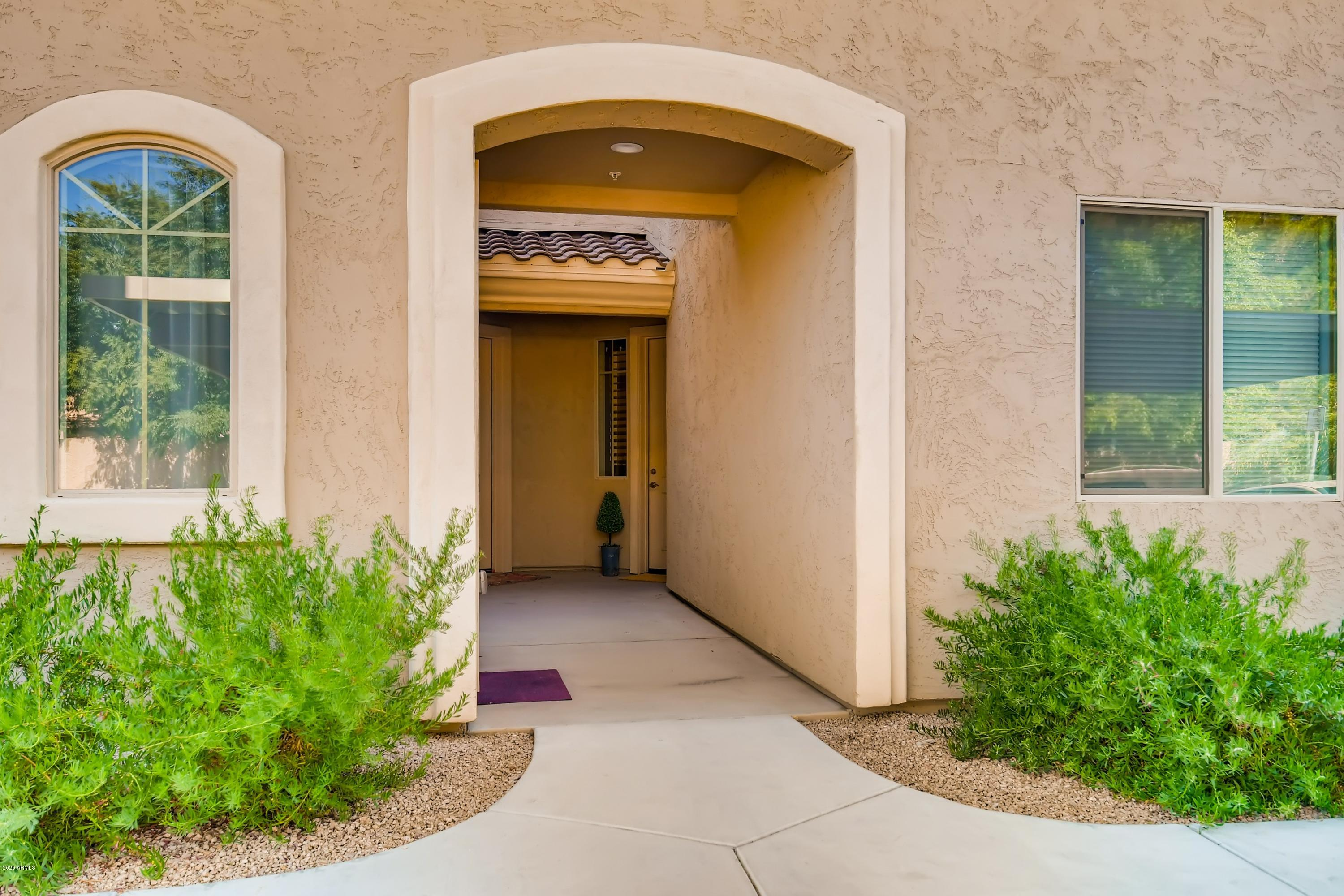 Photo of 900 S CANAL Drive #138, Chandler, AZ 85225