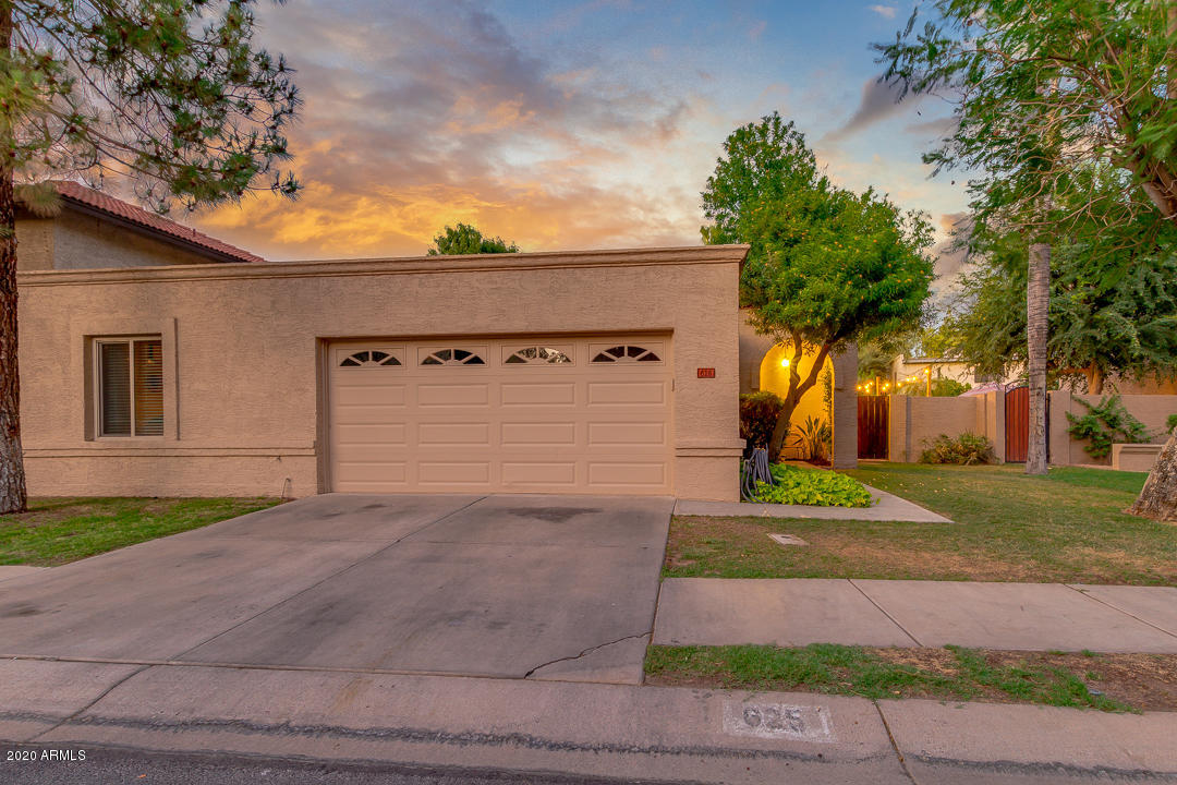 Photo of 625 N YALE Drive, Gilbert, AZ 85234