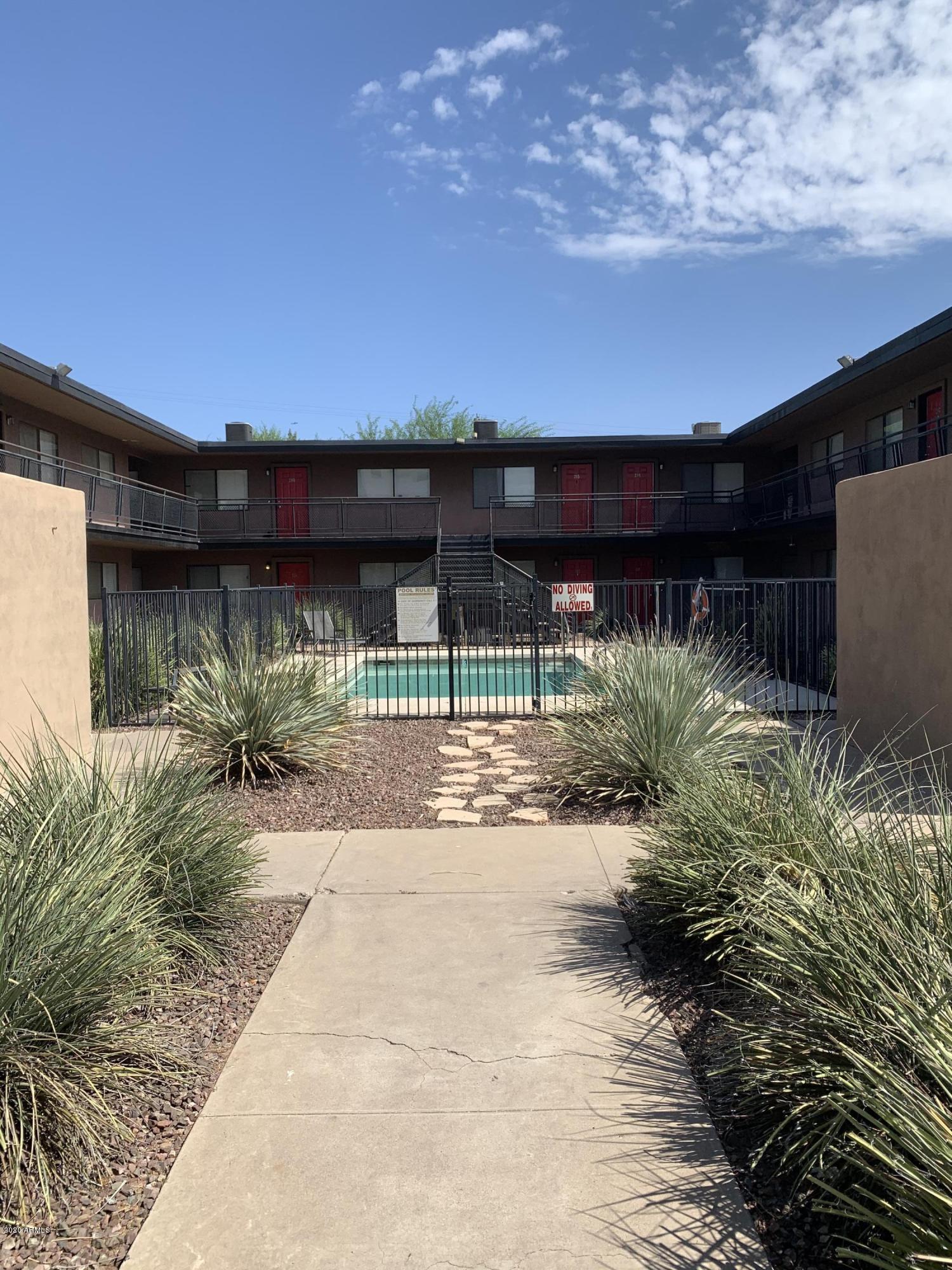 Photo of 310 W EARLL Drive #107, Phoenix, AZ 85013