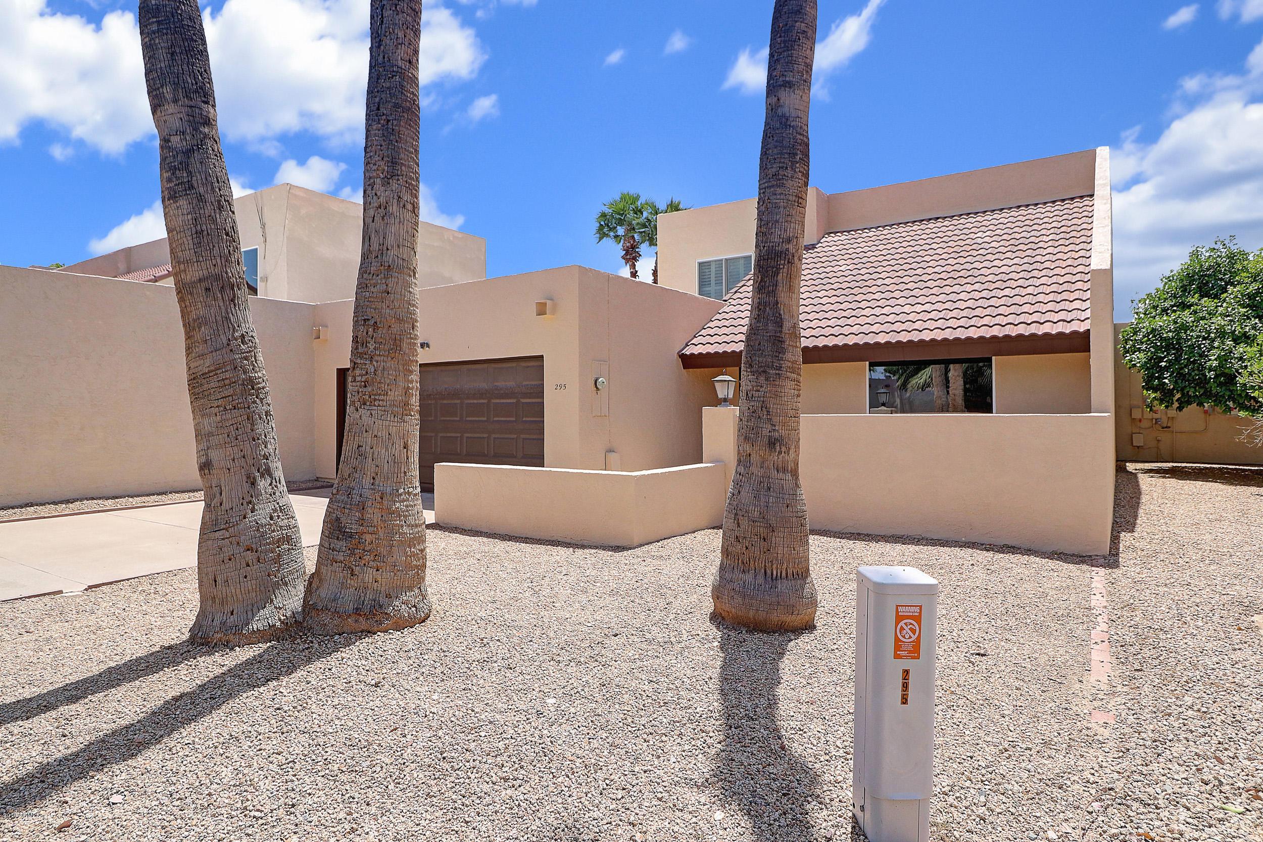 Photo of 295 S DESERT Avenue, Litchfield Park, AZ 85340