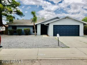 5802 W CAMPO BELLO Drive, Glendale, AZ 85308