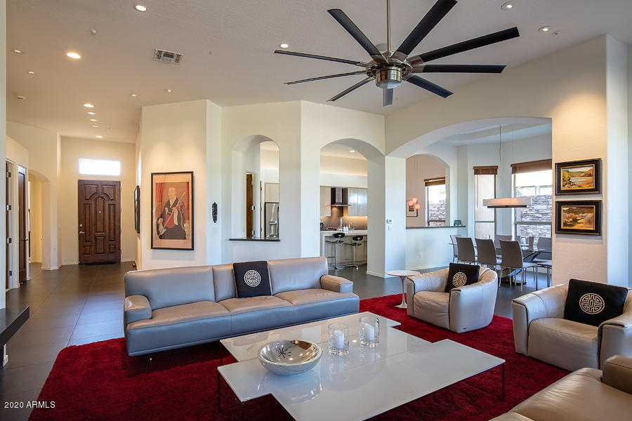 Photo of 9607 E CAVALRY Drive, Scottsdale, AZ 85262