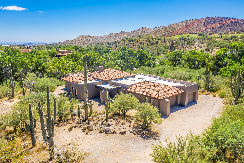 Photo of 5515 E OCOTILLO Road, Cave Creek, AZ 85331
